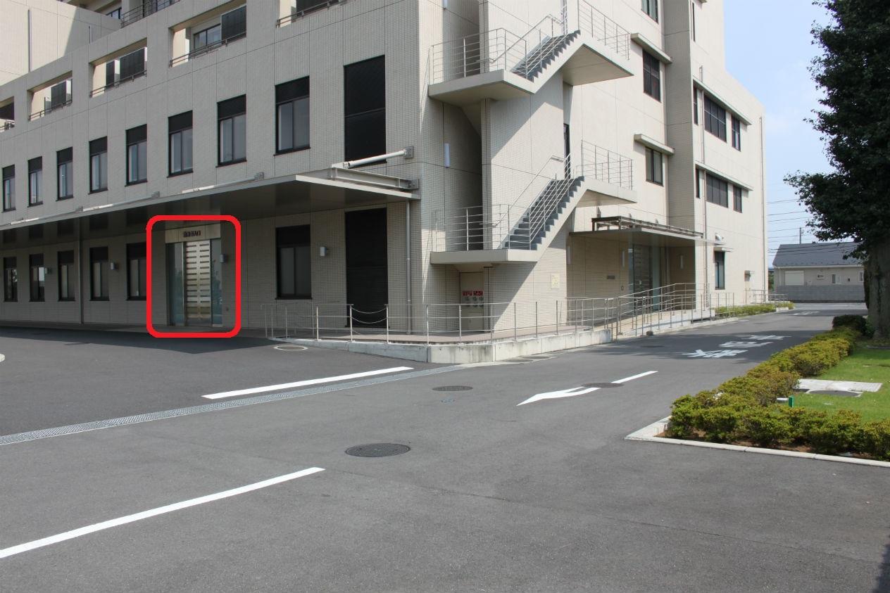 救急車進入口2